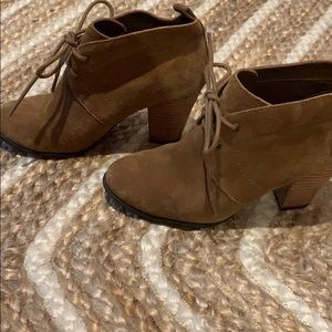 Lucky Brand Lace Up Booties. Size 7.
